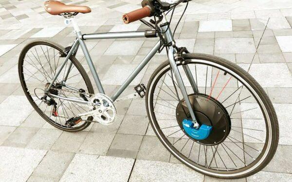 bici urbana convertita elettrica